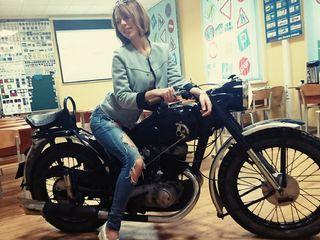 320x240-motocikl-v-avtoshkole-na-akademicheskoj.746-min
